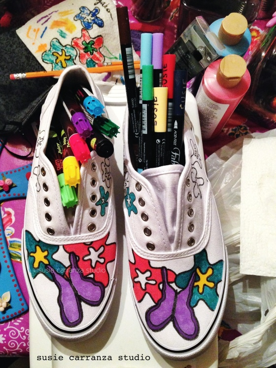 Using Crafty Chica Fabric Inks & Tsukineko Fabrico markers on canvas shoes - susie carranza studio