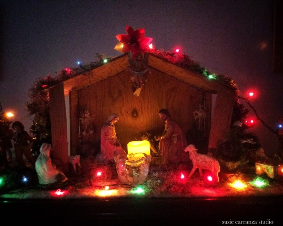 my parents' beautiful nativity set - susie carranza studio
